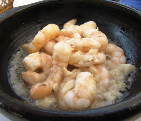 Sizzling shrimp and garlic