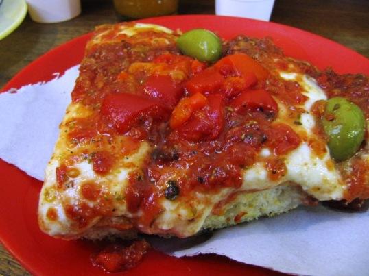Crunchy gooey pizza from mercado norte