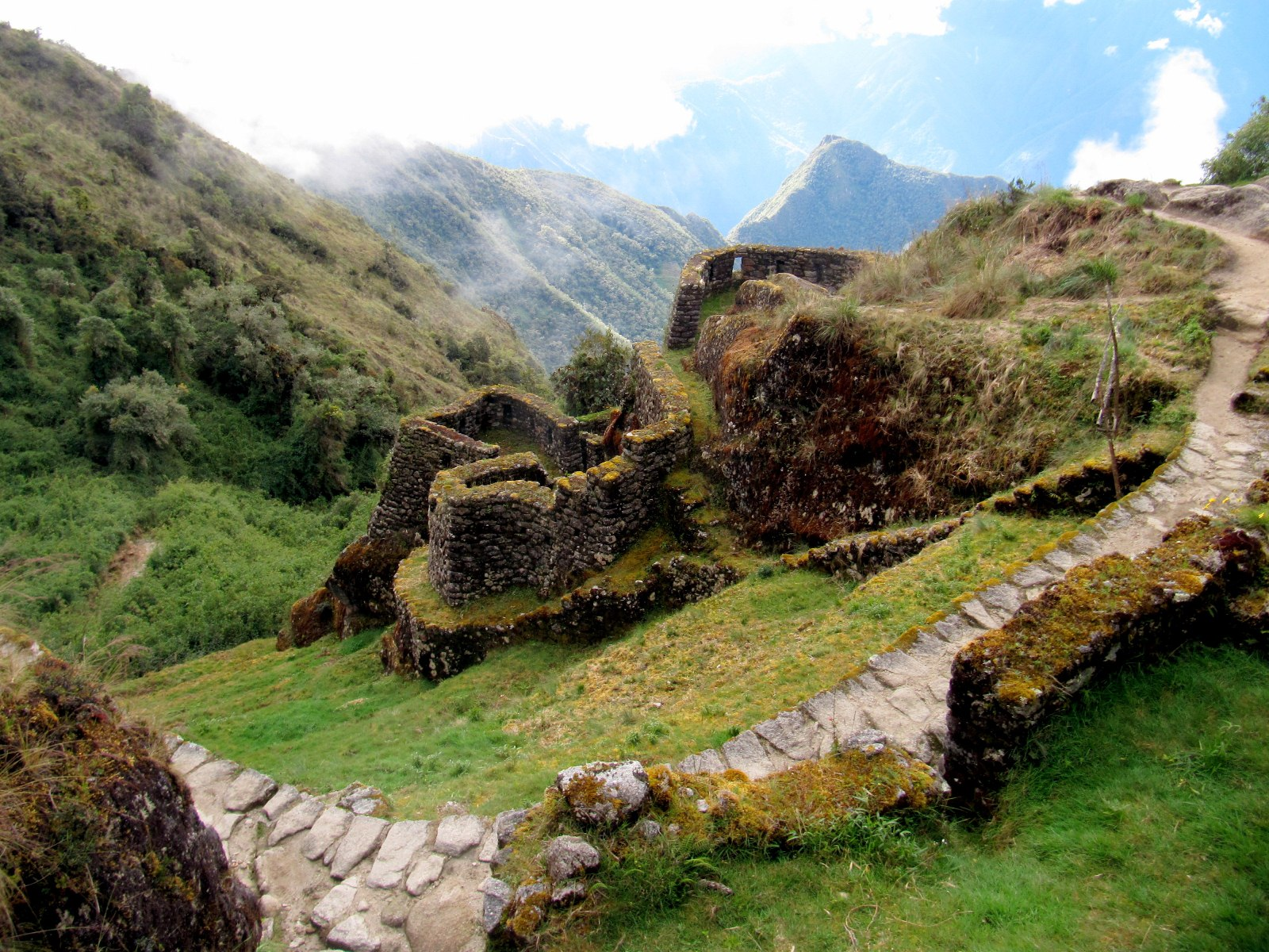 Inca trail photo gallery History of the Qhapaq an Inca Trail Information