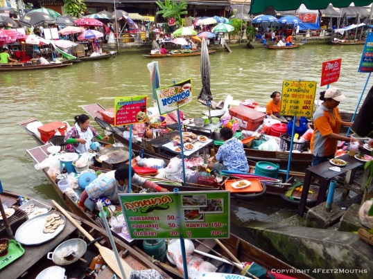 Amphawa floating market