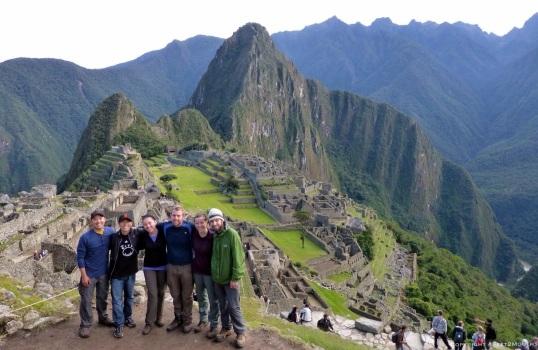 Machu Picchu friends