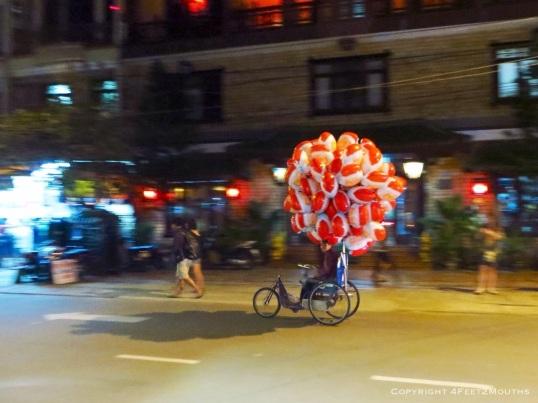 Santa balloons galore