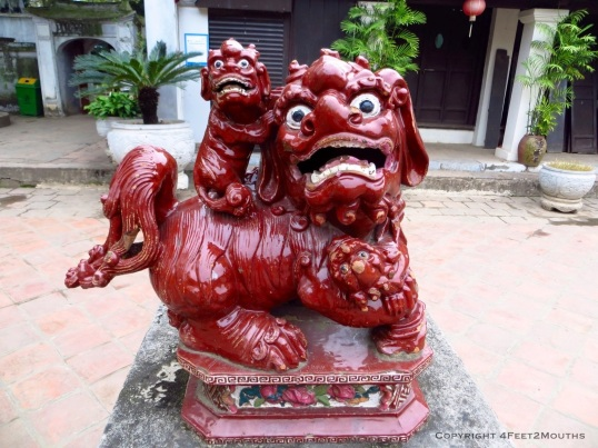 Temple of Literature guard dogs