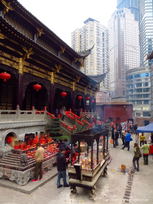 Arhat temple tucked within Chongqing highrises