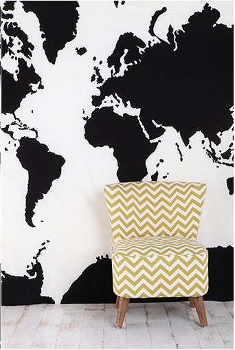 I want to have a wall map in my apartment (photo credit: Urban Outfitters)