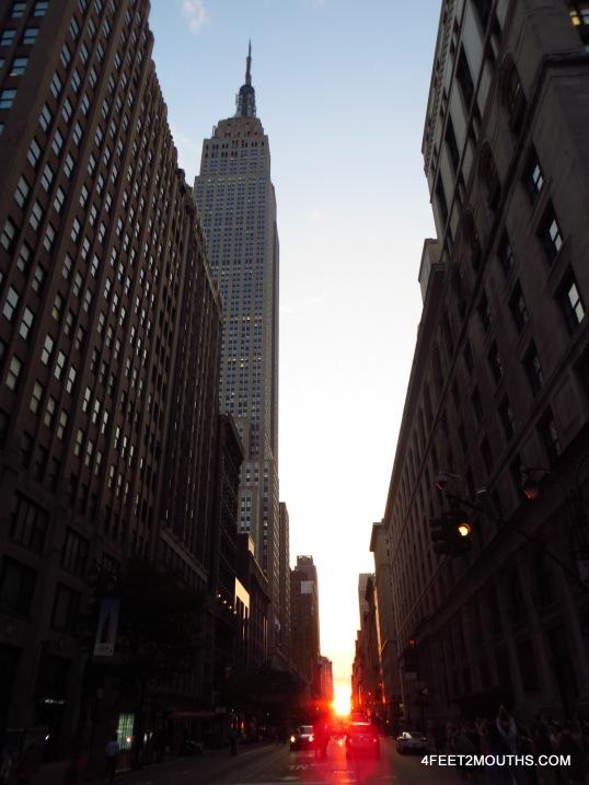 Empire State Building + Manhattan-henge!