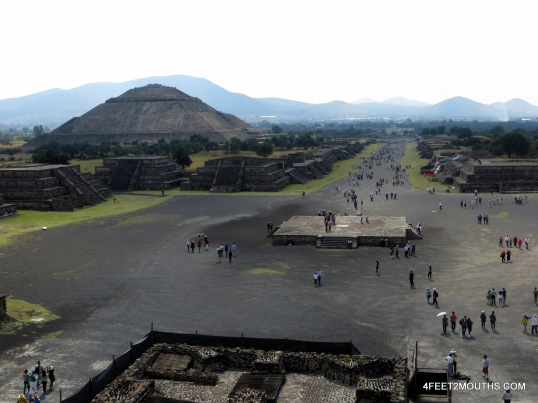 The main drag of Teotihuacan
